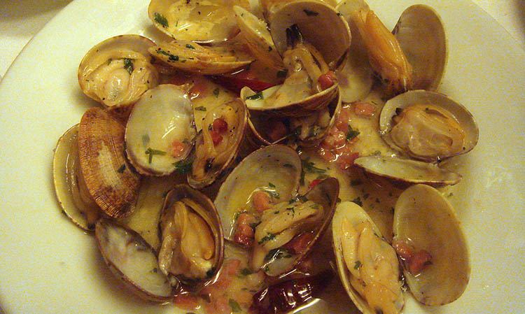 Cooked Clams